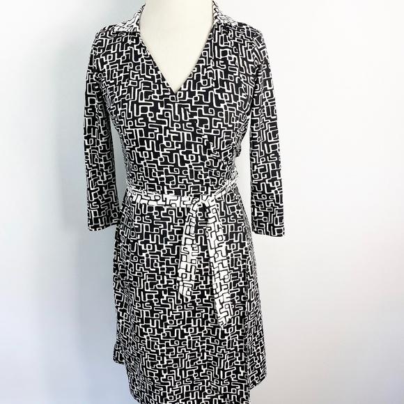 J. Mclaughlin Catalina Cloth Wrap Dress Stretch Geo Print Size XS